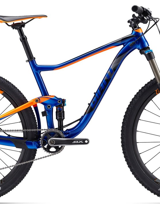 With 110mm of XC-fast rear suspension, the alloy Anthem is an cross country rocket