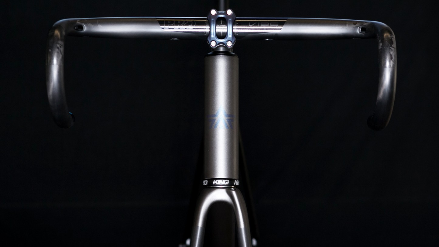 The PRO carbon bar features internal Di2 wiring and room for the pesky junction box