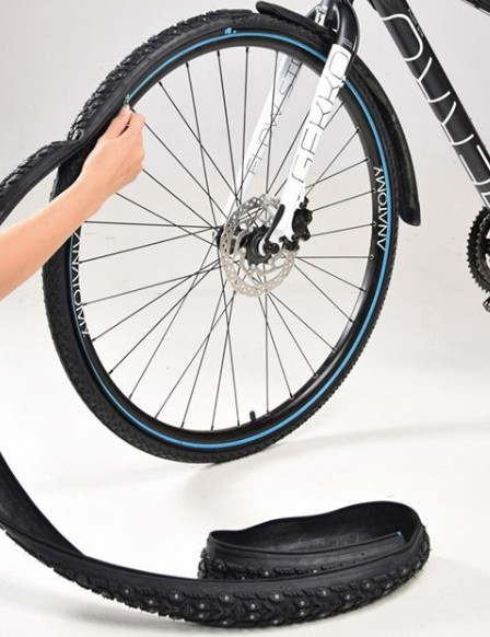 Retyre lets riders zip on new tire treads