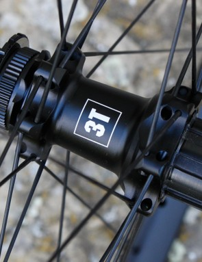 The new wheels use the same hubs as the existing Discus range