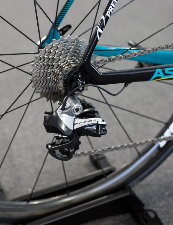 We half expected to see at least one Astana rider testing FSA's new WE groupset, but all of the riders were on Dura-Ace 9070