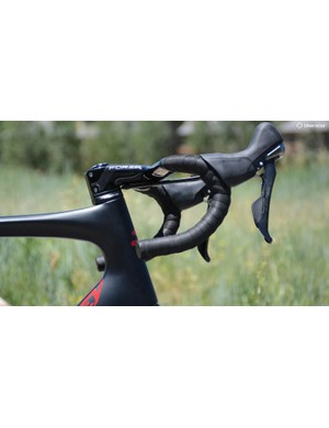 The fork's steerer tube is a D-shape to allow space for the cables to run into the main frame triangle