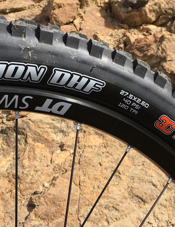 For a budget bike, this 2.6in Maxxis Minion DHF 3C front tire is a very welcome spec
