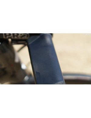 The tops of the bars feature small dimples to improve grip