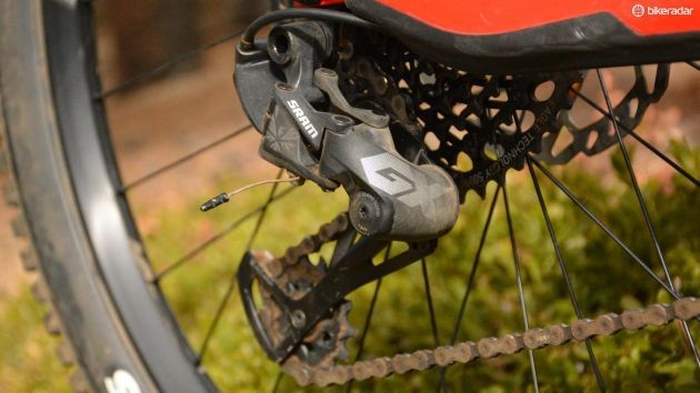 Drivetrains are both quiet and stay in tune, this is amazing
