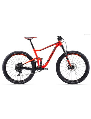 The Anthem SX is ready for more technical XC trails with a 130mm fork, dropper post, and stout alloy frame