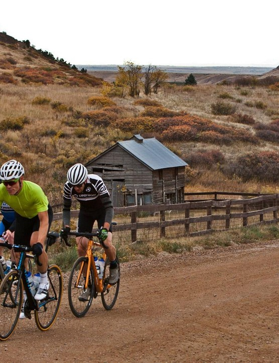 While not purpose built for dirt roads, the Tactic SL Disc handled them easily