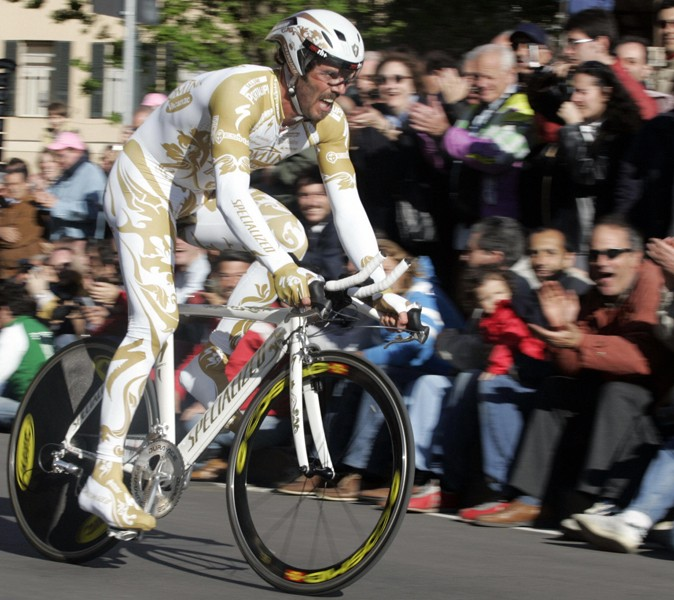 Mario Cipollini was well known for wearing non-standard kit