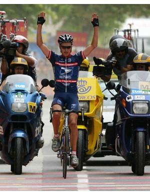 Zabriskie wins Stage 11 of the 2004 Vuelta.