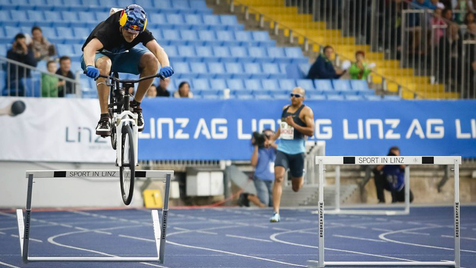 Austria's Thomas Oehler beat an Olympic gold medallist at hurdling… using his bike