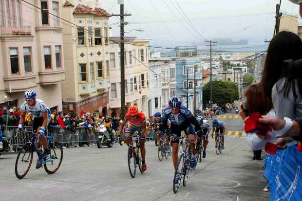 Cyclists race up Taylor Street hill during the 2002 San Francisco Grand Prix.