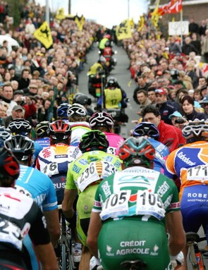 A bird's eye view of the Flanders peloton in 2006.