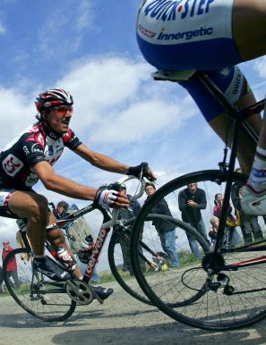 Fabian Cancellara on his way to victory in 2006.
