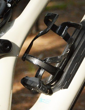 Specialized's Zee cage with mini-tool is a genius idea