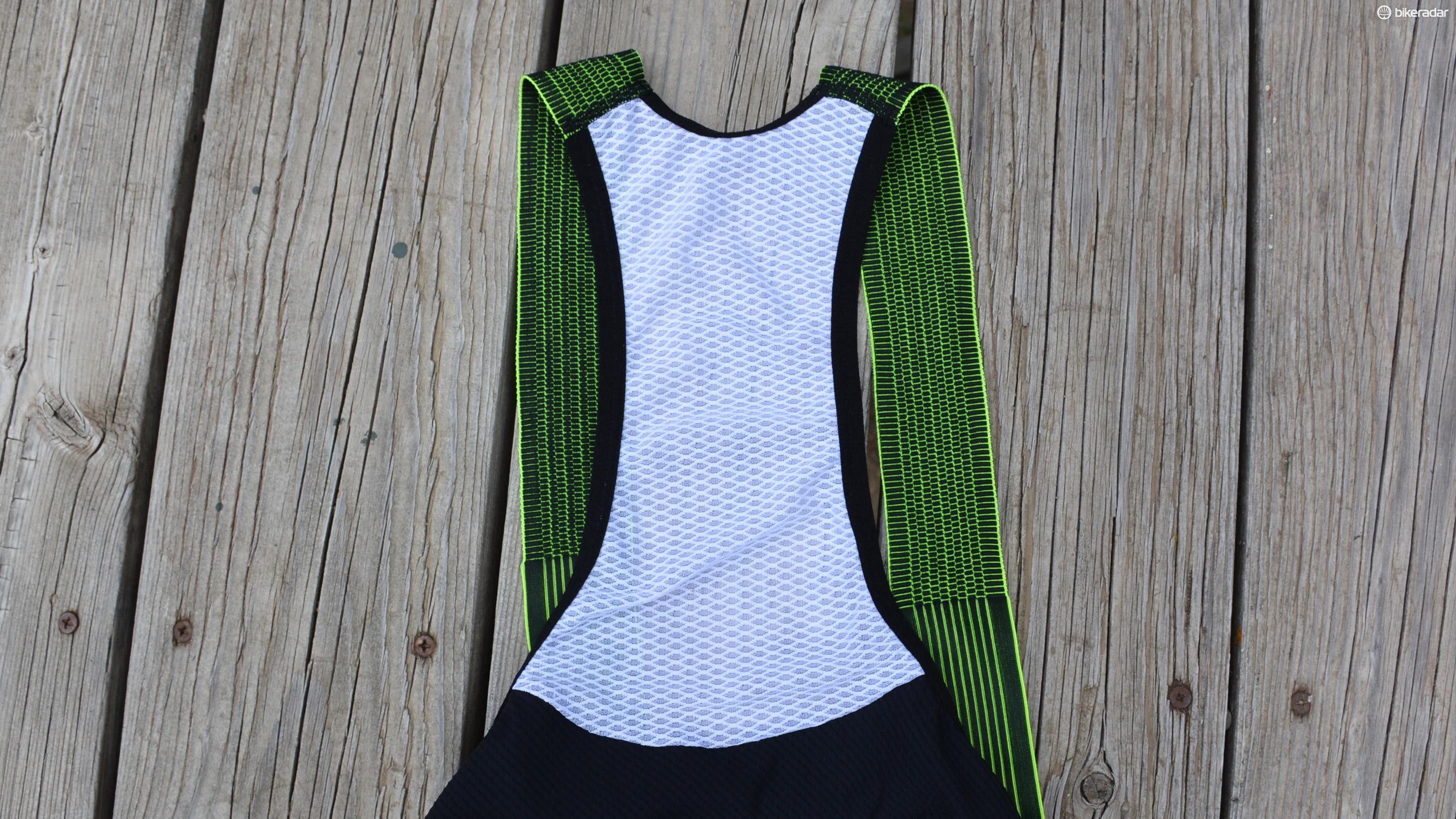 The upper back is a very breathable mesh