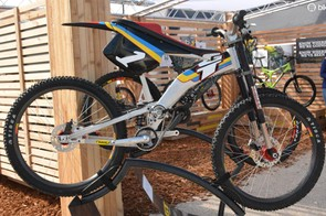 Downhill bikes flirted heavily with moto influence back in the day