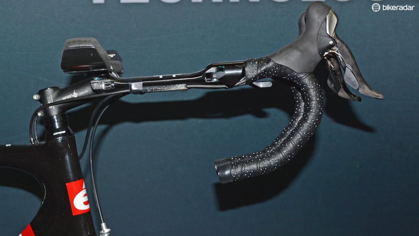 Another view of the Trifold bars in aero extension