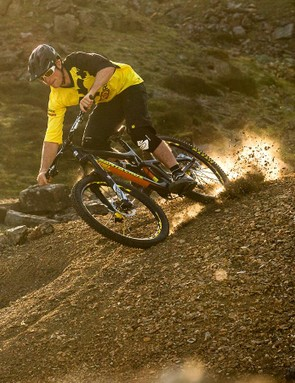 Stay on your bike on loose descents with these riding tips