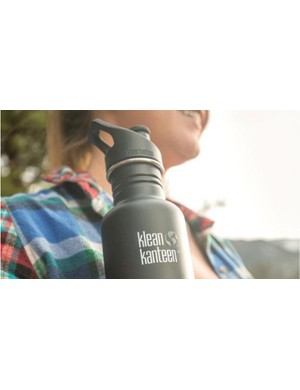 The Classic 27oz bottle from Klean Kanteen is a great non-toxic solution to single-use plastic