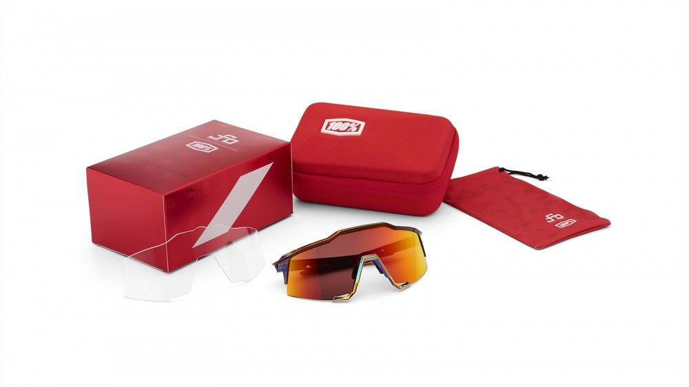 The glasses will also come with a specific accessory pack
