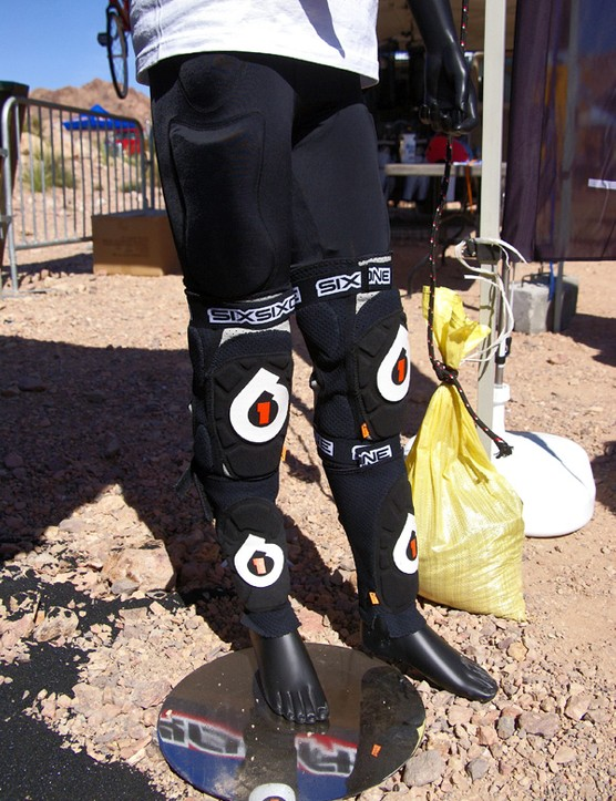 661 and d3o pair up again, this time for new shin guards and Bomber shorts that offer lightweight and flexible protection that stiffens up under impact.