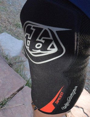 4mm thick D3O protection is there to keep knees safe