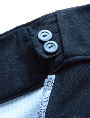 Dual elastic waist adjusters are on the inside of the waistband. I don't particularly like their stretchy nature
