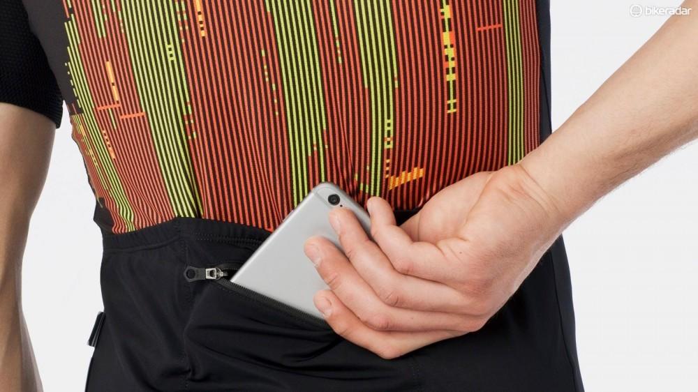 6giro-chrono-jersey-has-a-zippered-phone-pocket-1458340401342-aergewqyycr1-1000-90-16264ca