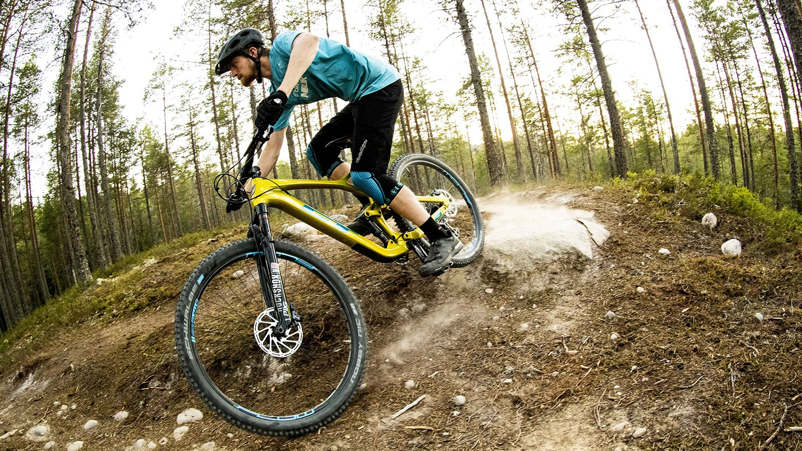 The Sensor has a more cross-country feel, but the geometry has a nod towards rowdy riding