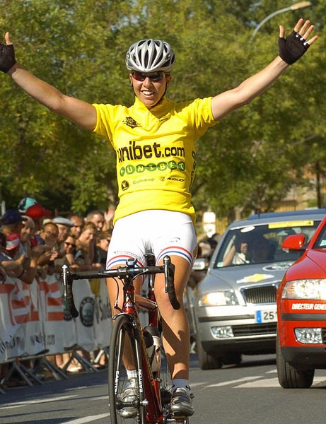 Cooke winning a stage in the 2007 Grande Boucle