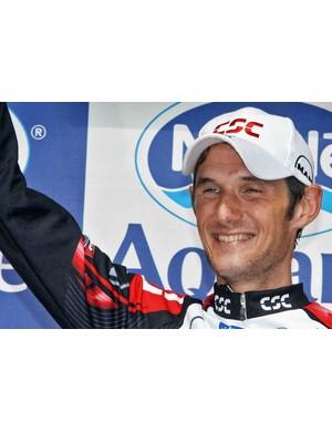 Frank Schleck celebrates after winning Alpe d'Huez in 2006.