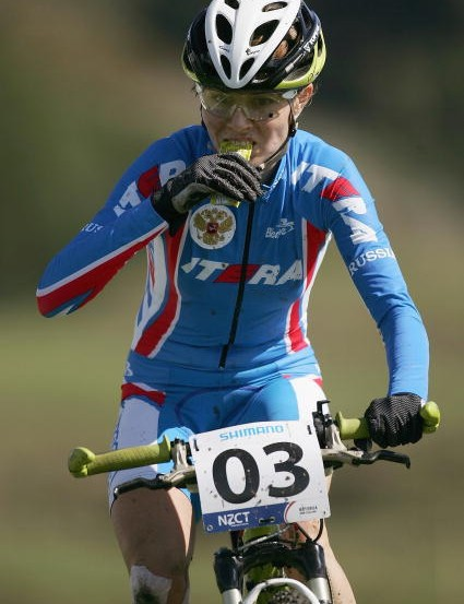 Duking it out for second at the 2006 world championships in New Zealand.