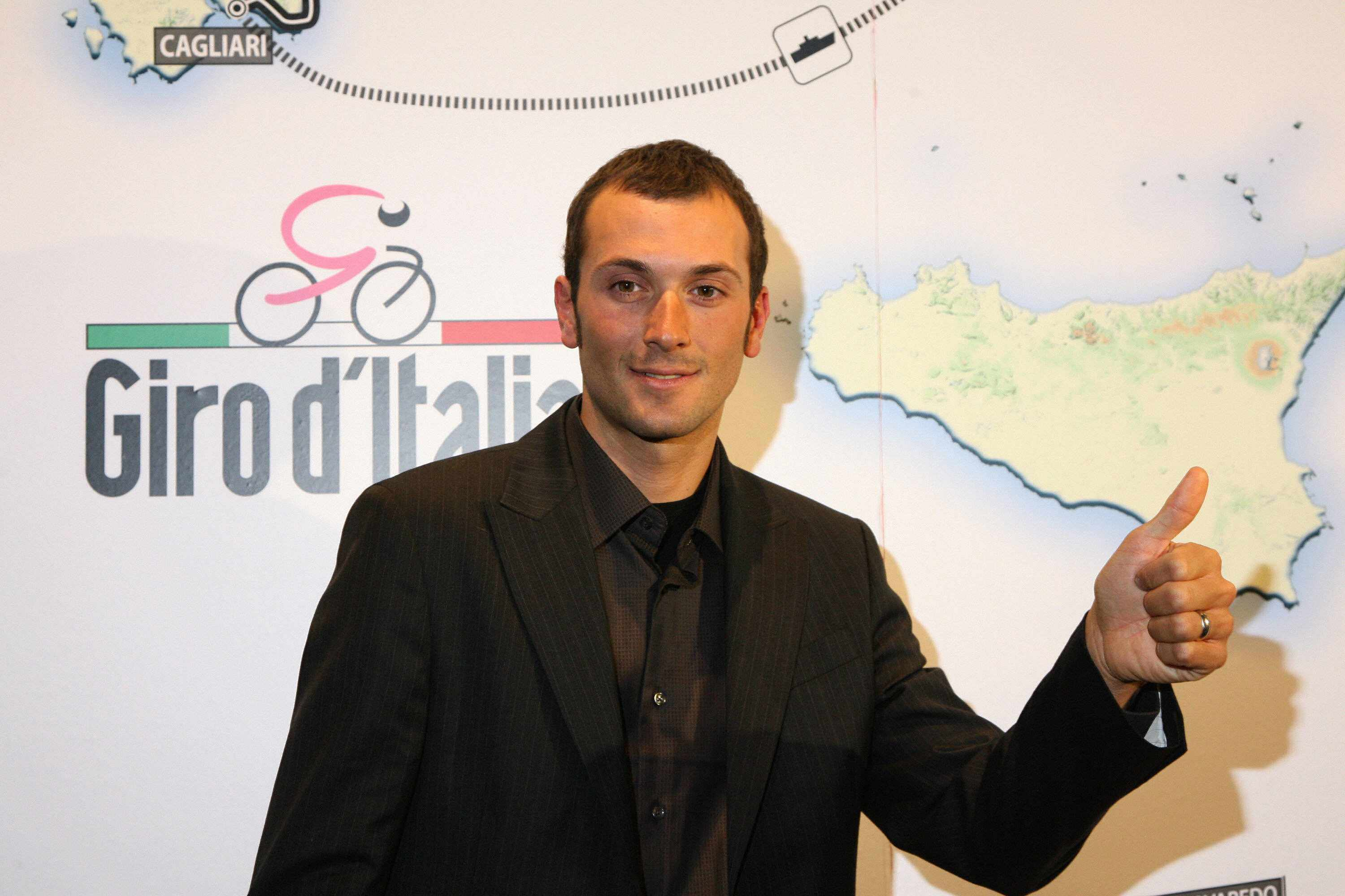 Ivan Basso is eyeing a second Giro victory, this time against former Tour rival Lance Armstrong come 2009.