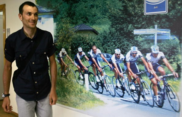 Ivan Basso arrives at the Italian Cycling Federation June 15, 2007.
