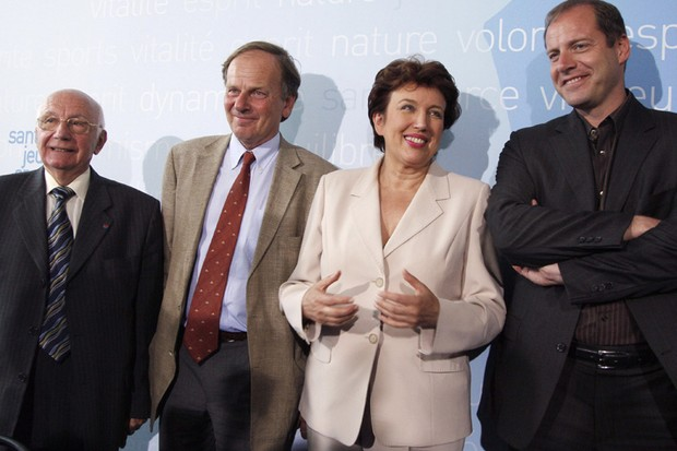 The president of the French Cycling Federation, Jean Pitallier, with ASO boss Patrice Clerc, French Minister of Health, Youth and Sports, Roselyne Bachelot and Tour de France director Christian Prudhomme.