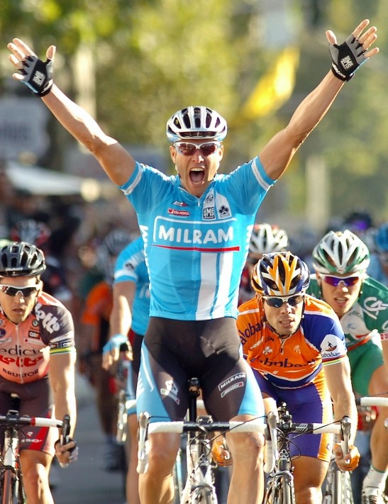 Alessandro Petacchi  (Milram) celebrates as he crosses the line.
