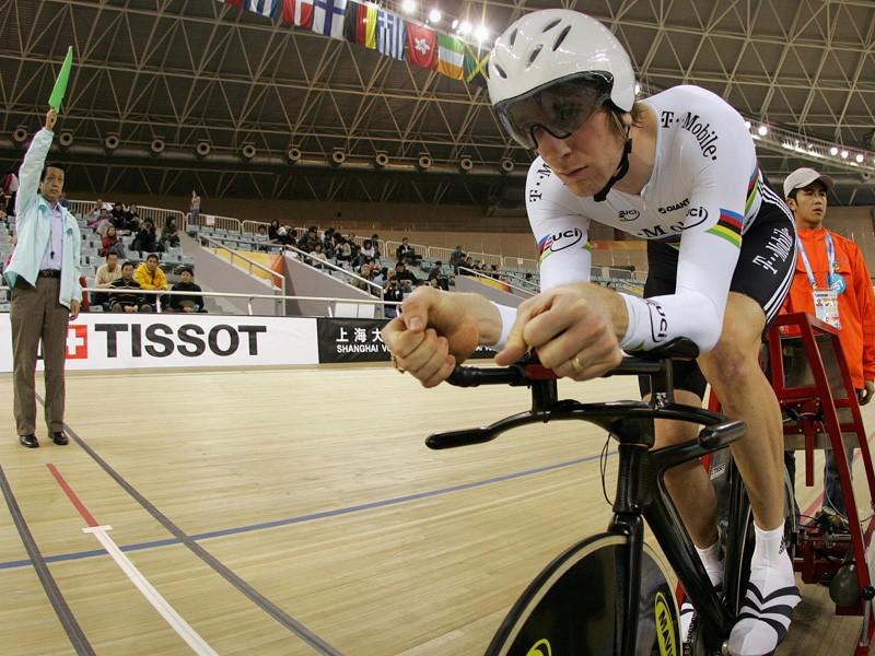Britain's Brad Wiggins gets ready for the men's pursuit