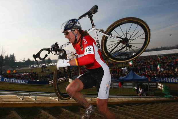 Hanka Kupfernagel of Germany on her way to victory in the women's race during the UCI Cyclo Cross World Championship at Lago Le Bandie on January 27, 2008 in Treviso, Italy.