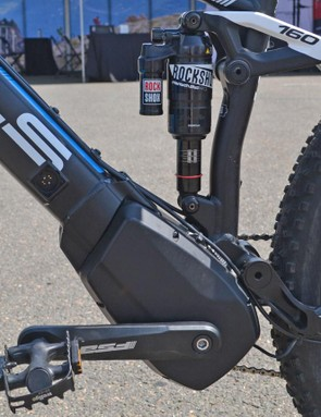 This 160mm travel mountain bike features a Brose battery in the down tube and a mid-drive motor