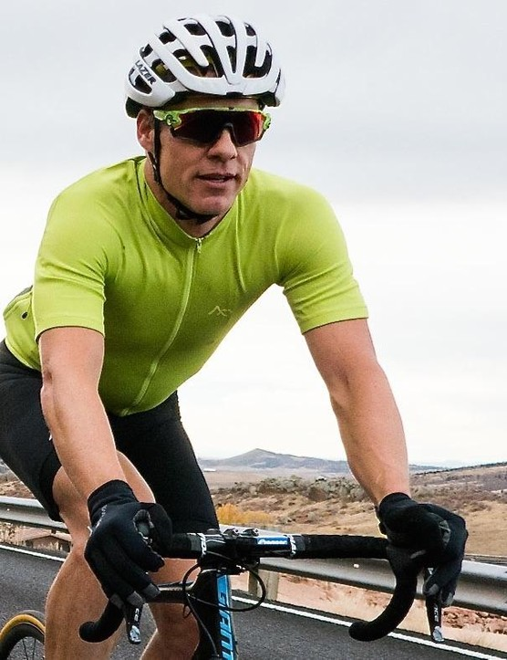 A stretchy jersey with no Lycra? There are a few interesting things going on with 7Mesh's clothing