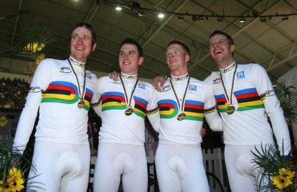 Edward Clancy, Geraint Thomas, Paul Manning and Bradley Wiggins with their Gold medals.