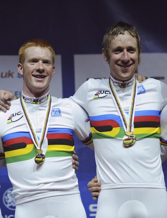 The British men's team pursuit squad celebrate