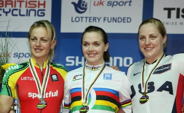 Victoria Pendleton (C), Simona Krupeckaite and Jennie Reed (USA).
