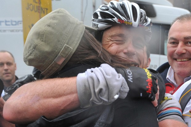 A wifely hug is fine for Kim Kirchen, but don't shake hands with il Mostro