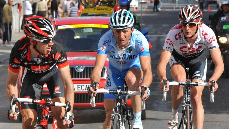 Alejandro Valverde watches Davide Rebellin and Frank Schleck