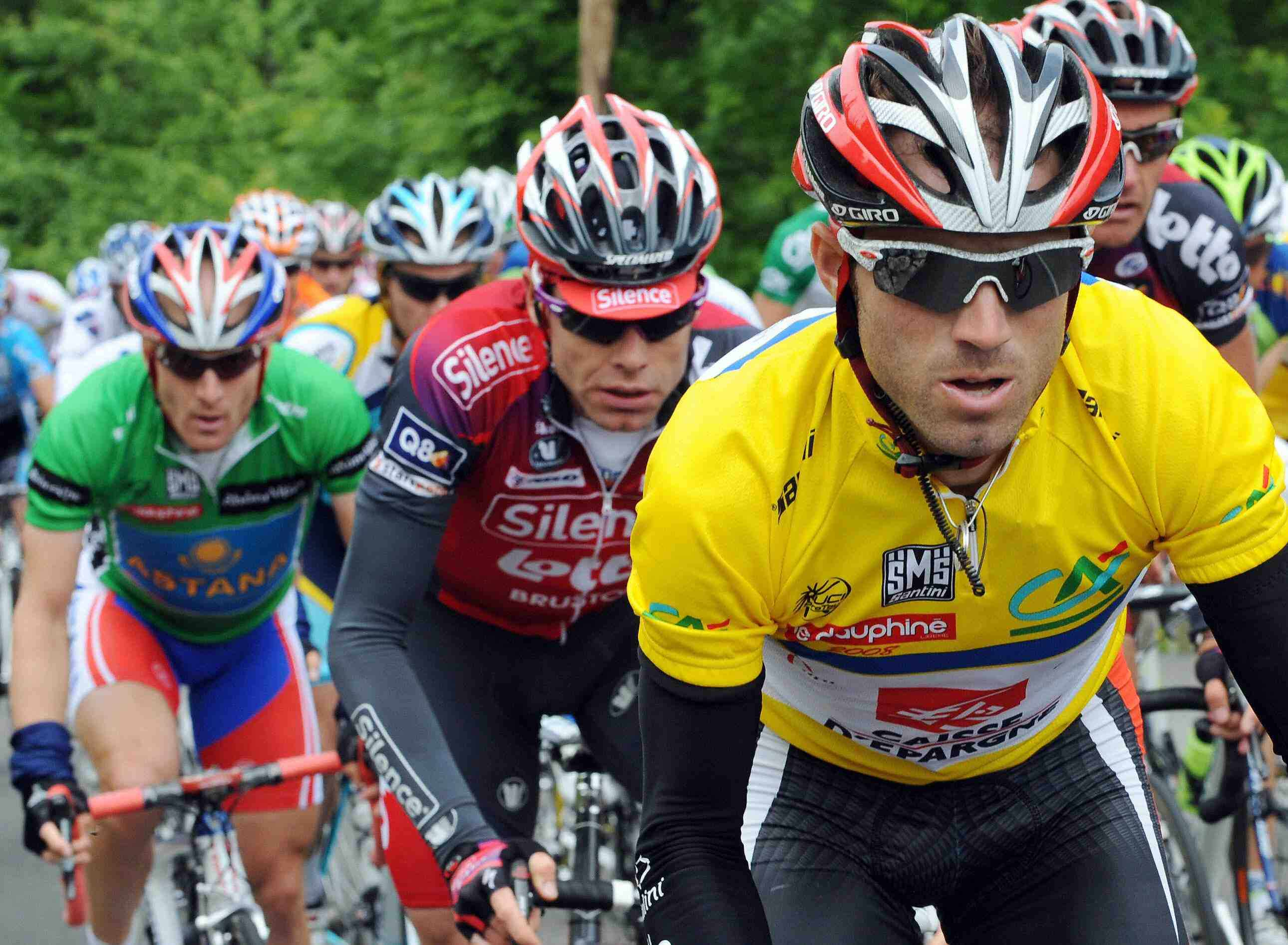 Alejandro Valverde (R) won the recent Dauphine Libere in front of Cadel Evans (C).