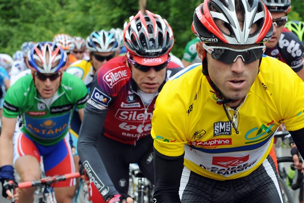 Alejandro Valverde defeated Cadel Evans in the Dauphine Libere