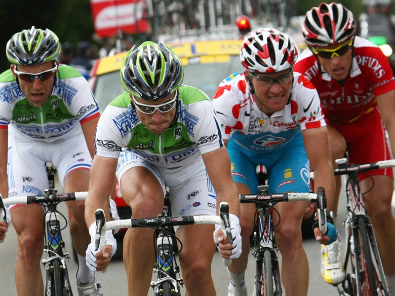 Cooperation wasn't perfect between the four French breakaway riders in stage 2