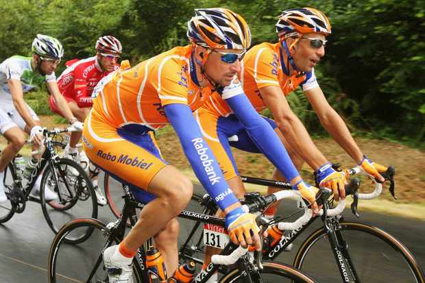 Rabobank's Denis Menchov (L) and teammate Juan Antonio Flecha on Monday.
