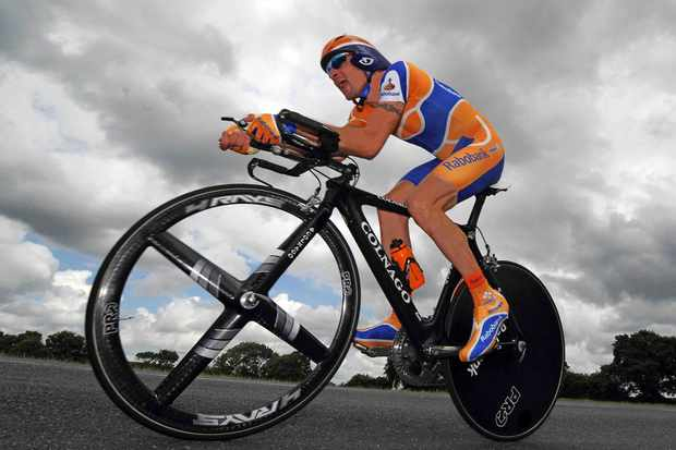 Rabobank's Denis Menchov will need to dig deeper to make the final podium Sunday.
